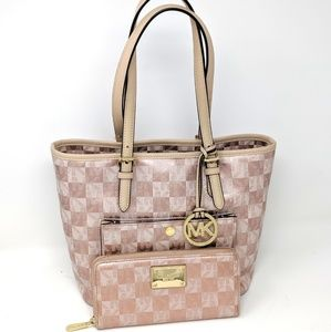Michael Kors Pink Bag Rose Gold Checkerboard set